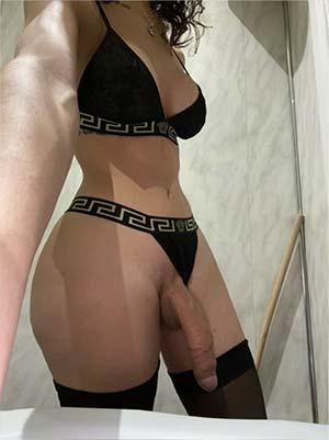 Transsexuel bien montée de Saint-Éloi 58000