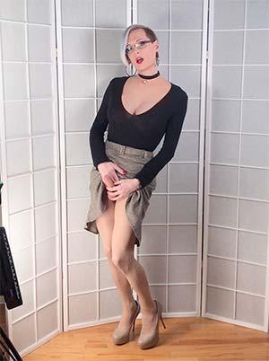 Femme fatale en mode prédatrice – 92000