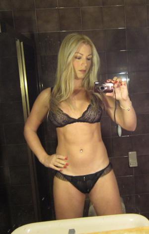 Parisienne transexuelle cherche mec mimi open