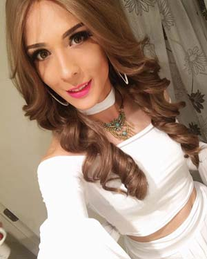 Transsexuel glamour ch homme attentionné