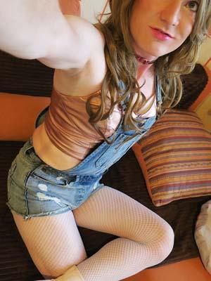 Melun 77 – Jeune transsexuel ch copain ou +