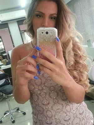 Montlucon : Blonde en région pour gentleman