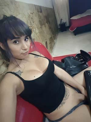 Shemale asiatique désire amour long terme