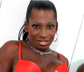 Célia shemale black